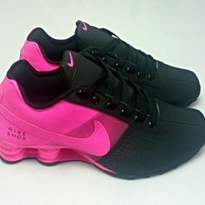0b332b08ba4d8c Nike Shoes - HOT NEW Women Black Pink Fade Nike Shox Deliver